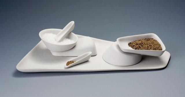 Heather Mae Erickson, Sprinkle, 2006. Porcelain slip cast Ken Yanoviak photograph