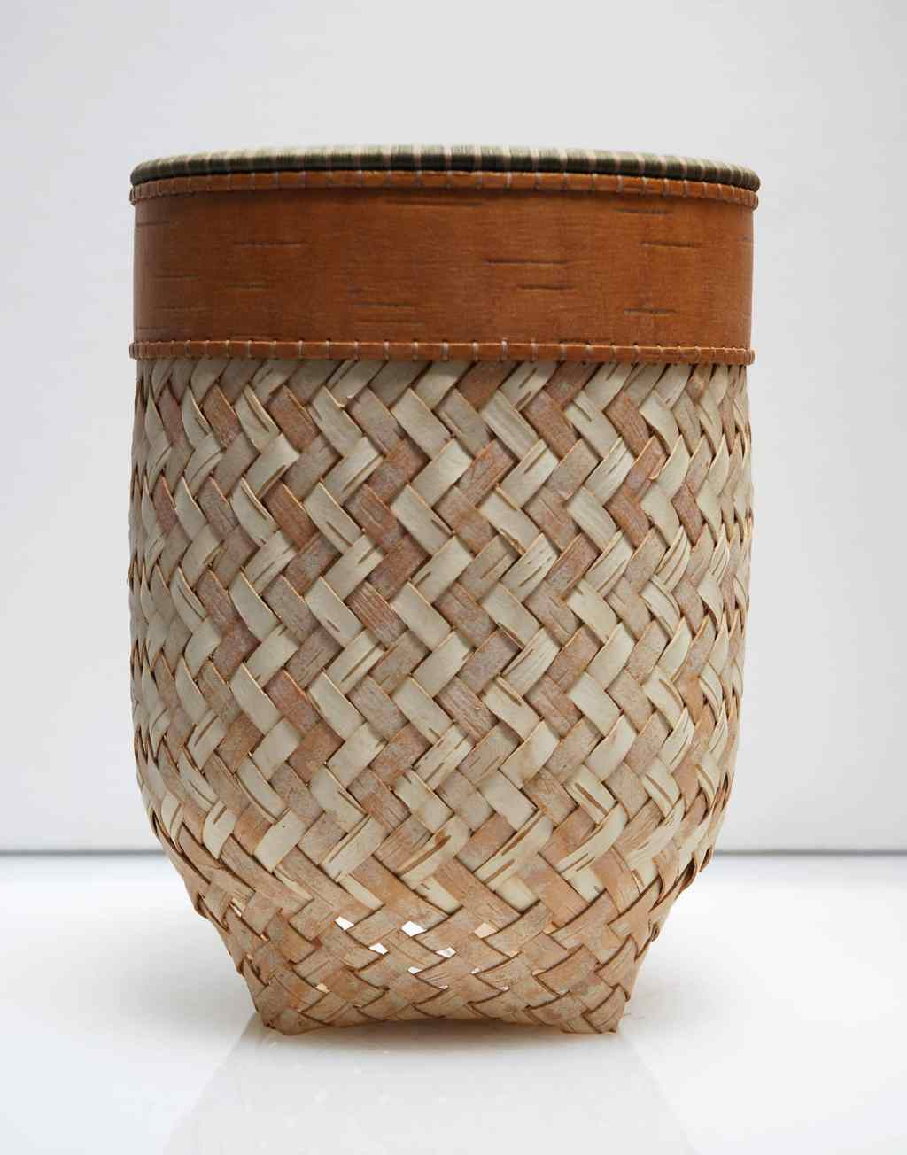 Dona Look, Basket, 2003