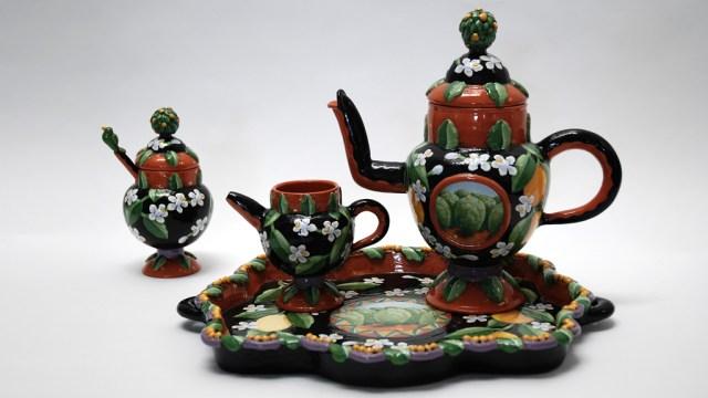 David Gurney, Tea Set. Rachel Gehlhar photograph