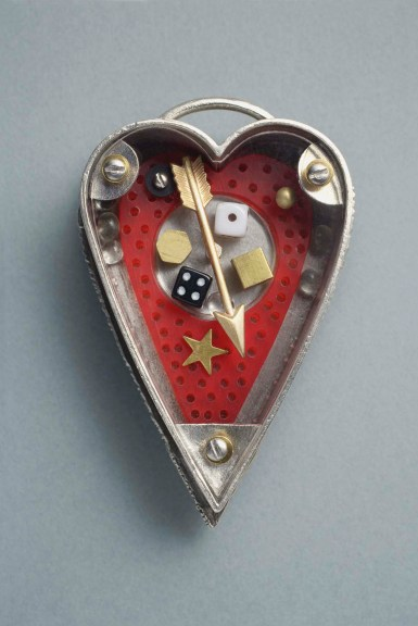 Thomas Mann Heart Pin