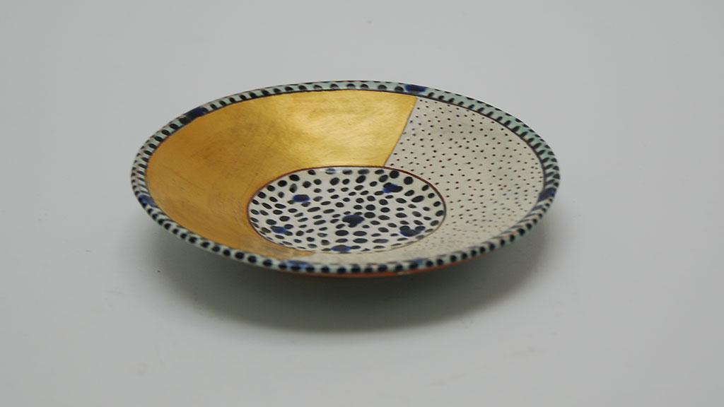 Gail Kendall, Half-Gold Dish, 2012. Madison Metro photograph