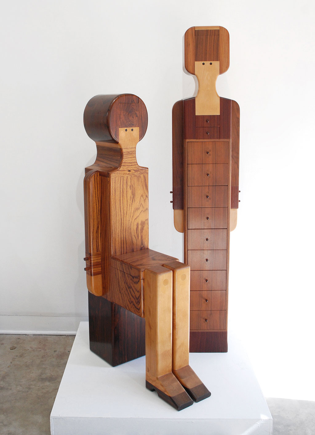 Made to Play, Pamela Weir-Quiton, Georgie Girl Seat and Chest of Drawers, 1970 (left). Sloopy Chest of Drawers, 1966 (right), Craft in America