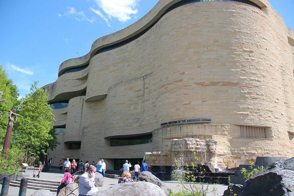 National Museum of American Indian, Smithsonian Institution. Craft in America DEMOCRACY