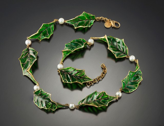 Tom Herman, Plique-à-jour holly necklace. Courtesy of the artist. JEWELRY episode of Craft in America