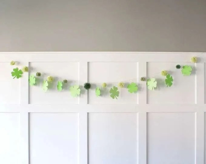 My DIY project for the month of March is in memory of our family shamrock. I found this beautiful Cricut image on Cricut design space. I also just purchased a cute quick and easy pompom maker after reading Keystoinspiration.com and this is the perfectproject to make a lot of pompoms.