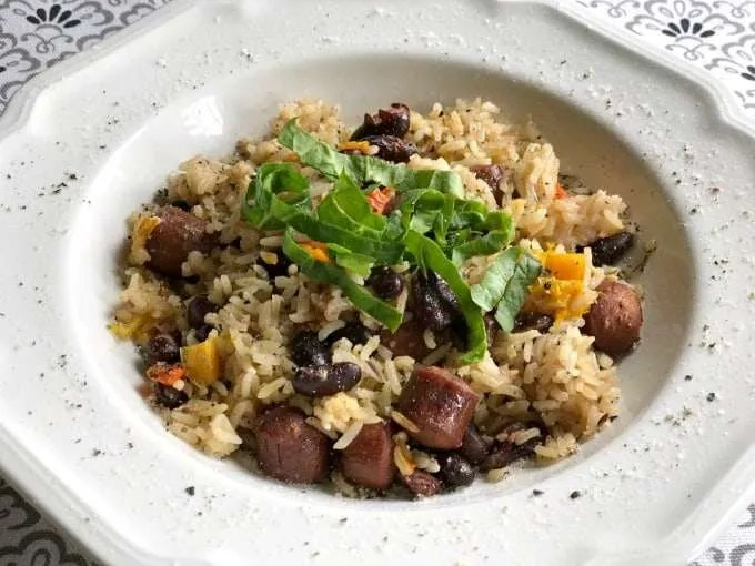 Electric Pressure Cooker One Pot Red Beans & Rice Recipe is the first my series of Electric Pressure Cooker Recipes for dinners at our Beach Vacation. I know the family will love this after a day in the sun.