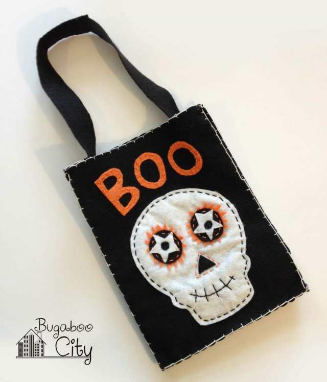DIY Felt Treat Bag for Halloween!