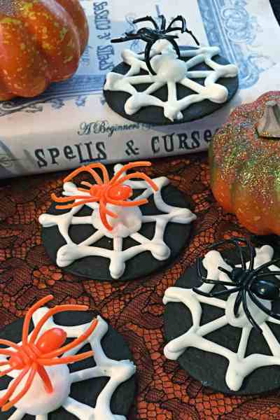 Quick and Easy Spider Halloween Cookies