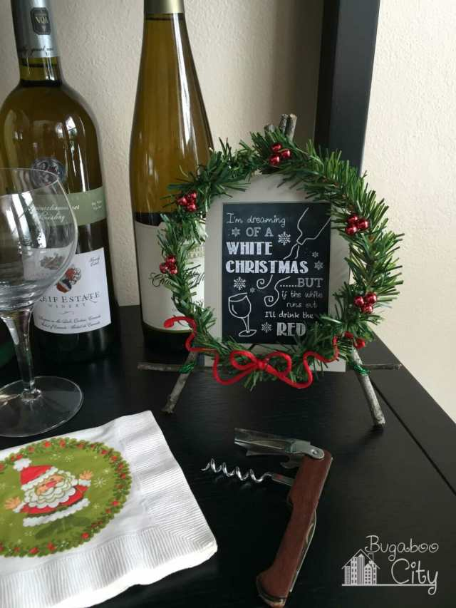 Holiday Easel wine bar