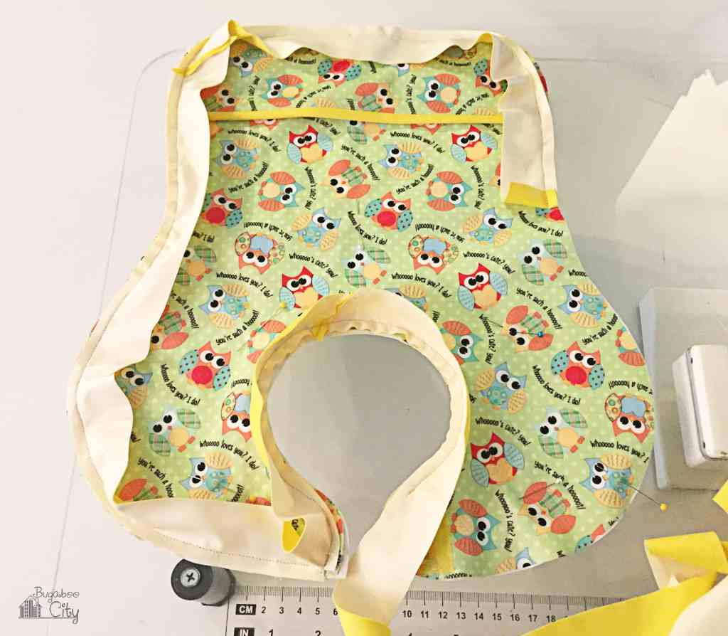 DIY Waterproof Baby Bib