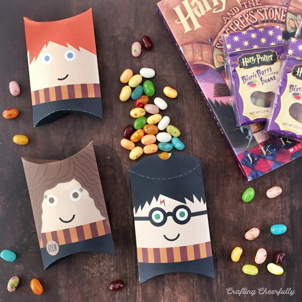DIY Harry Potter Pillow Boxes