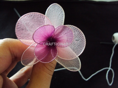 flowers-decorating-idea-nylon-orchids-tutorial