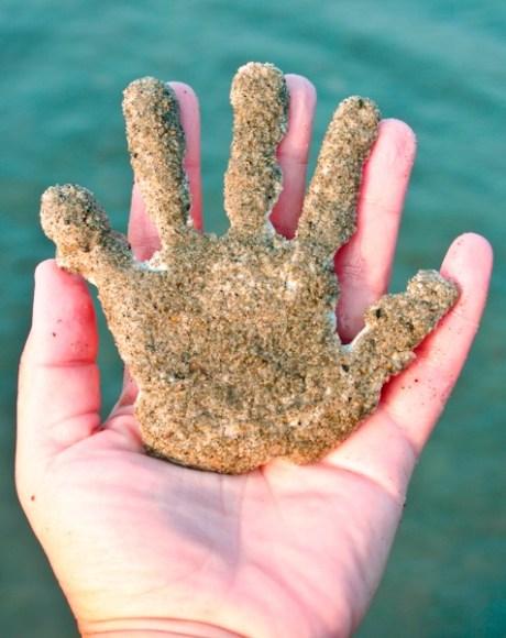 sand hand print for keepsake