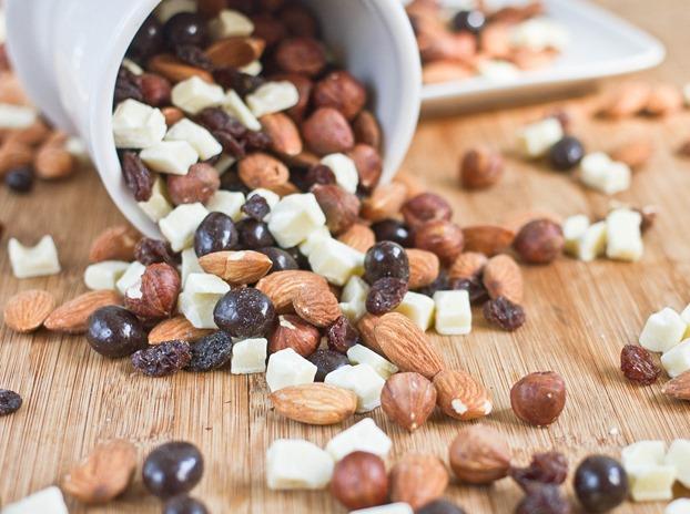 hazelnut-mocha-homemade-trail-mix-recipes