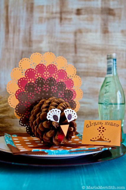 pinecone turkey centerpiece