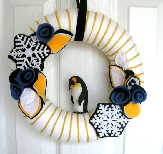 penguin yarn wreath