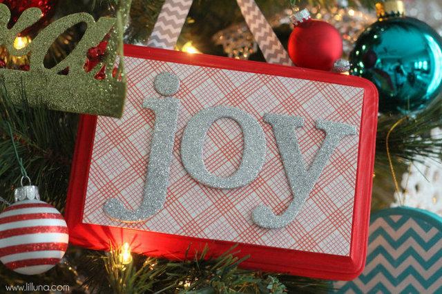 DIY joy frame ornaments