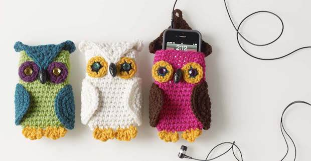 Crochet owl phone case