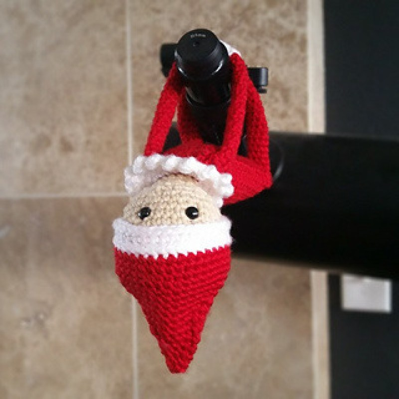 Crochet Elf on the Shelf