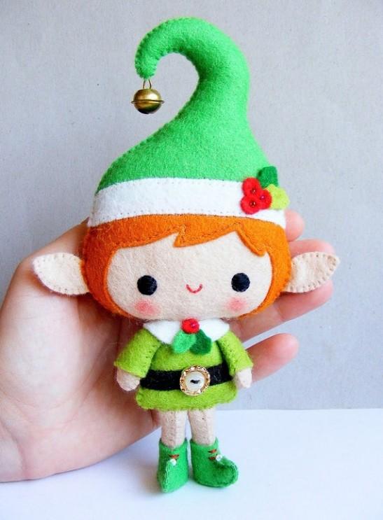 handstitched-elf-dolls