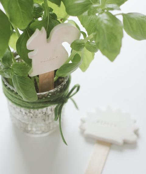 squirrel-plant-marker-craft