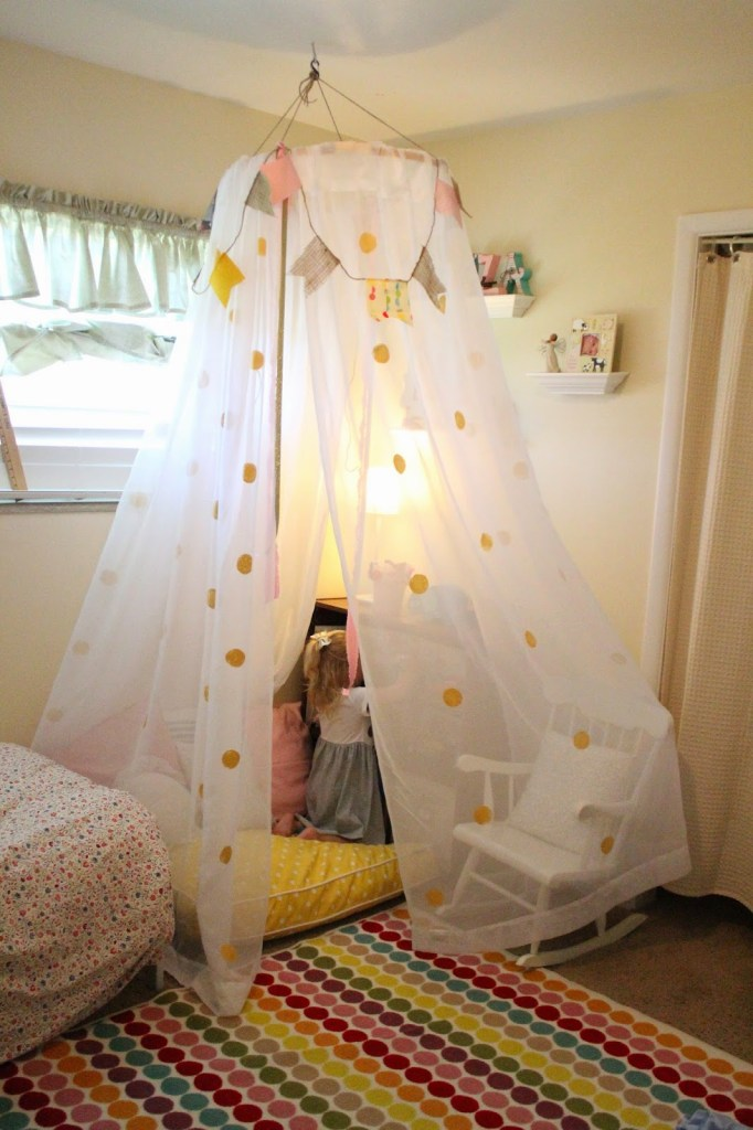 DIY tulle tent