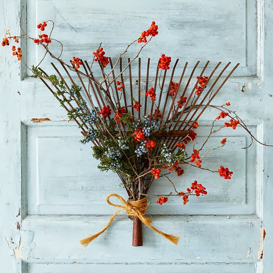 DIY rake fall wreath