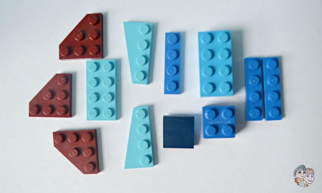 blue-lego-jetplane-lego-bricks-parts