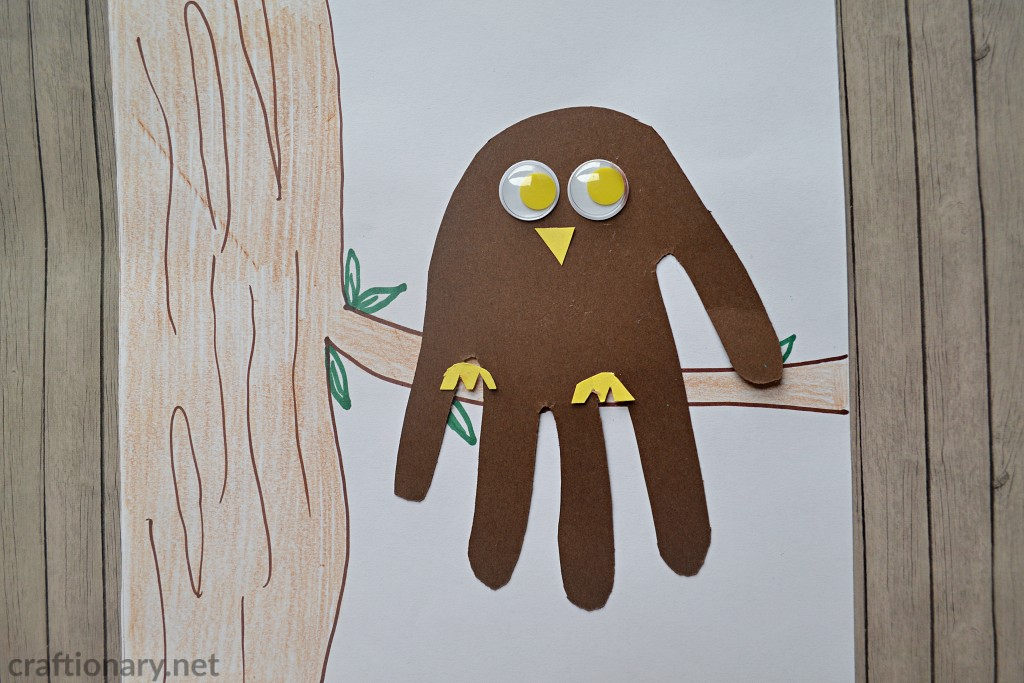 handprint-craft-owl-on-the-tree-paper-owl