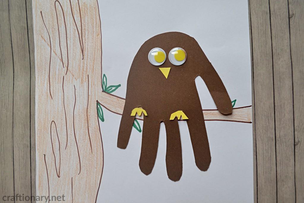 handprint-craft-owl-on-the-tree-paper-owl