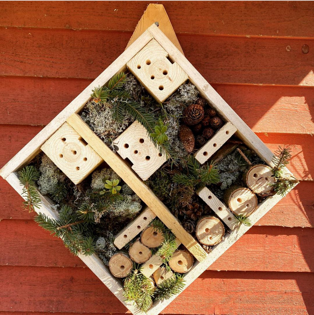 out-in-the-nature-building-an-insect-hotel-in-the-garden-diy-bug-hotels