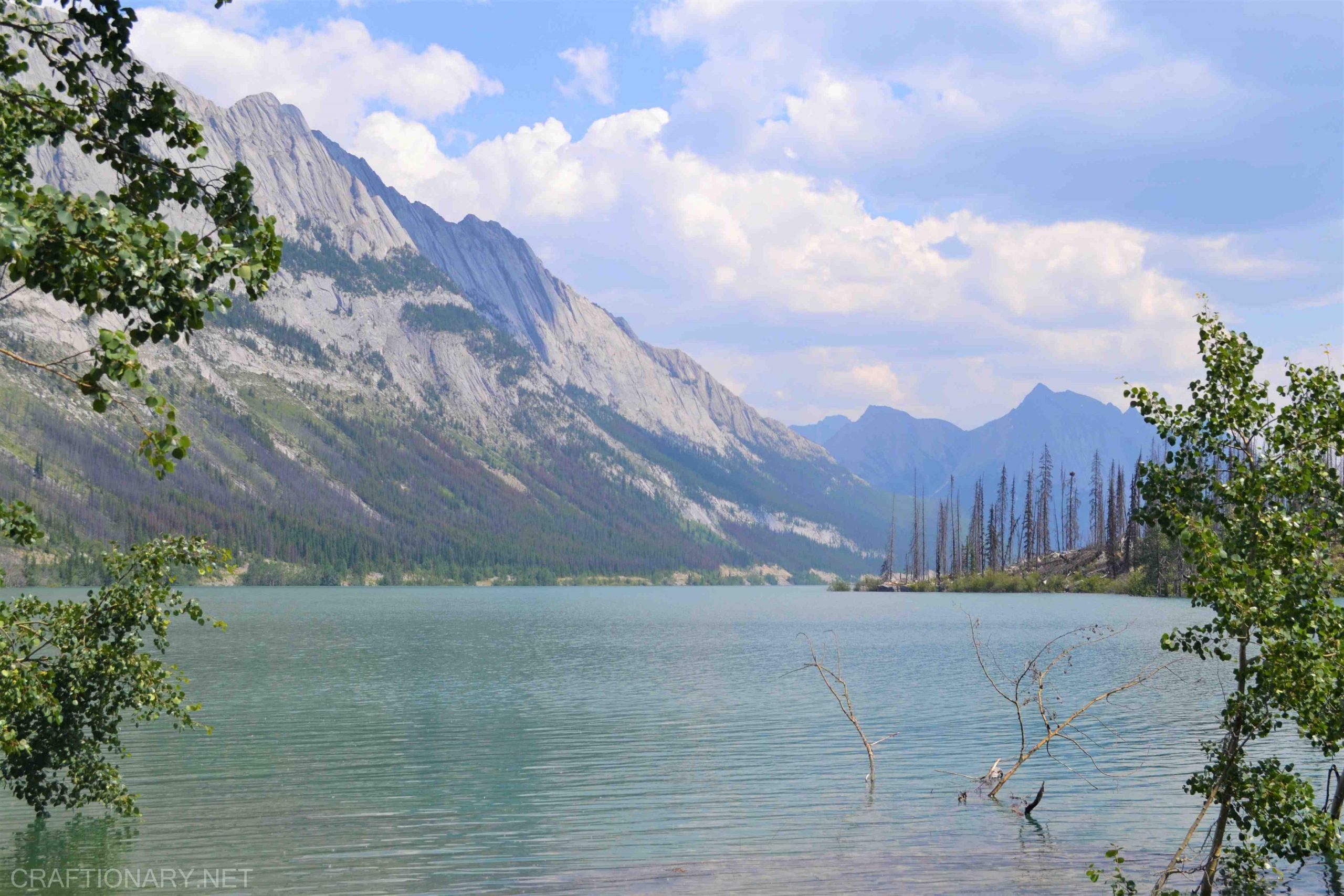 medicine-lake-disappearing-lake-jasper-canada