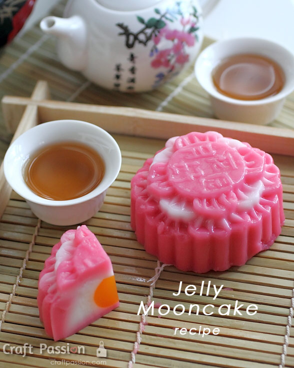 strawberry jelly mooncake