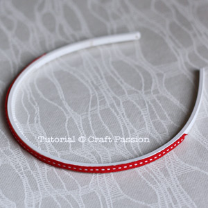 Line ribbon on headband