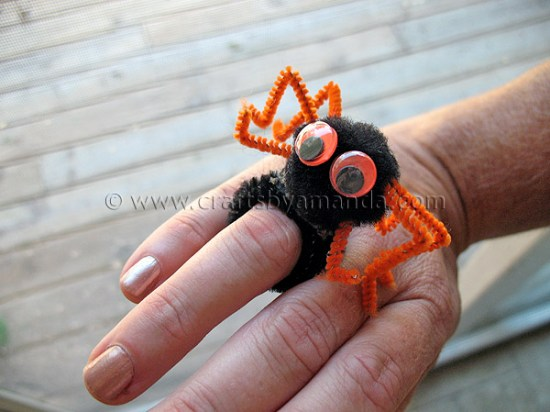 Pipe Cleaner Spider Ring