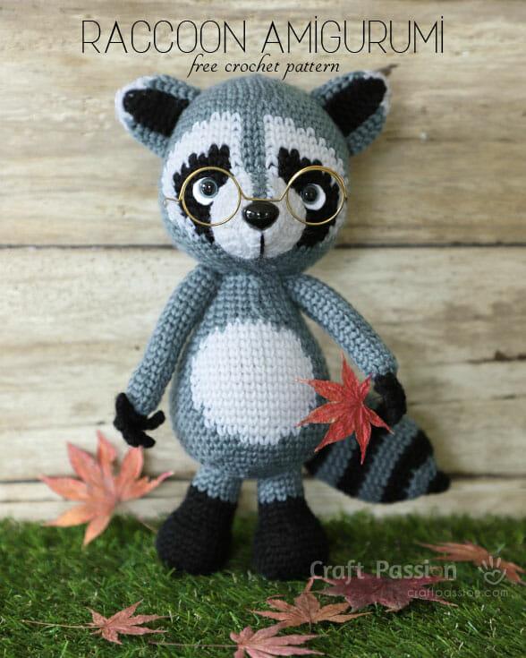 raccoon amigurumi