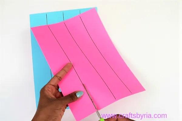 dragon puppet craft-step1- cut paper template
