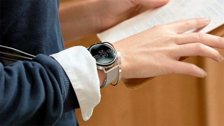 スカーゲン スマートウオッチ 「Falster」 ( Skagen Smartwatch Falster )