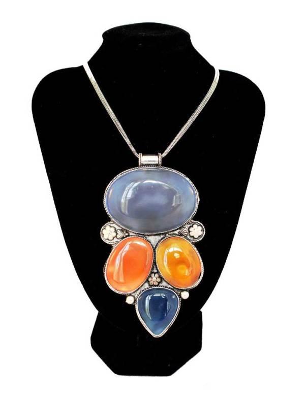 Vintage Pendant Necklace 3