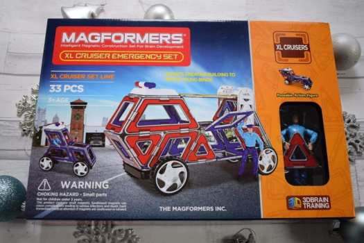 childrens gift guide magformers car