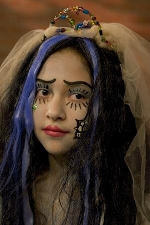 corpse-bride-face-paint