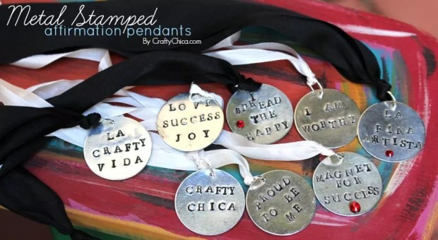Sign up for my daily digest and you'll be entered to win one of these necklaces! http://www.craftychica.com/contact/crafty-chica-daily-email/?subscribe=success#501