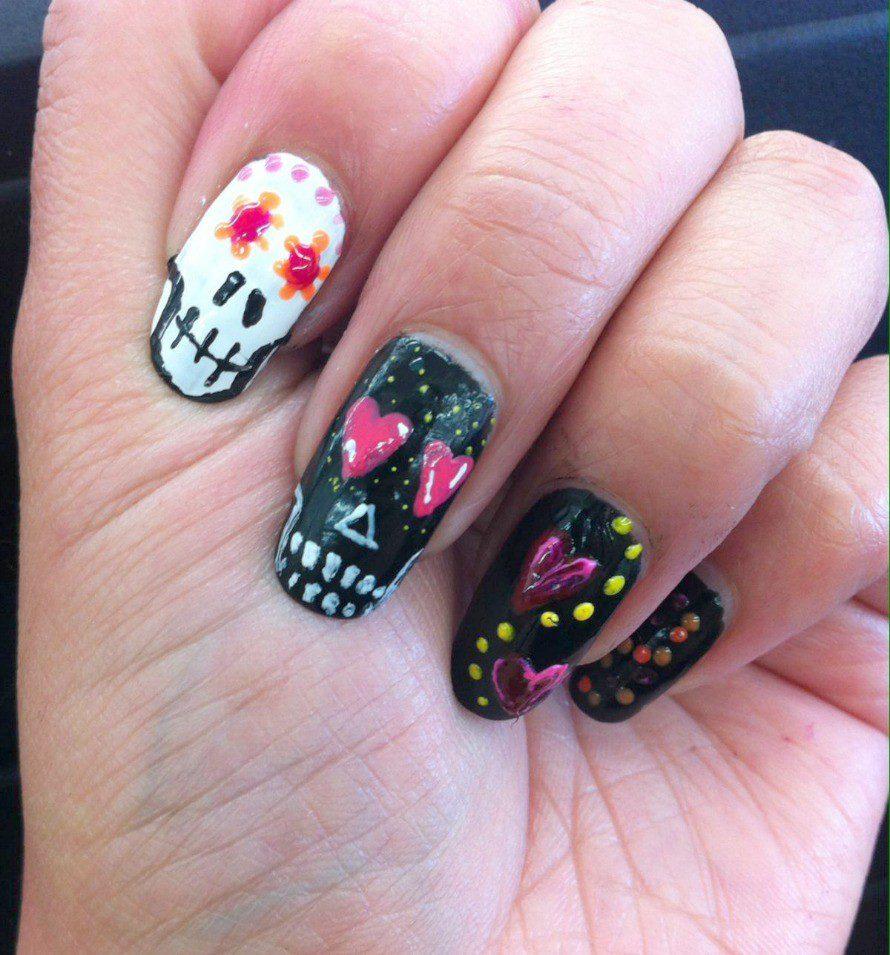 skull-nails5