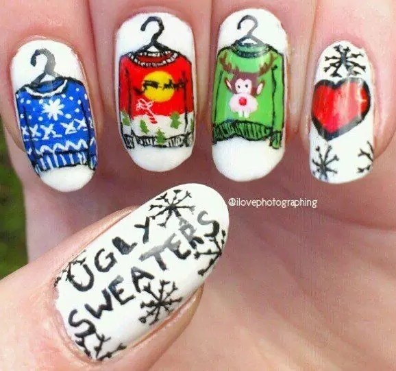 ugly-sweater-nails
