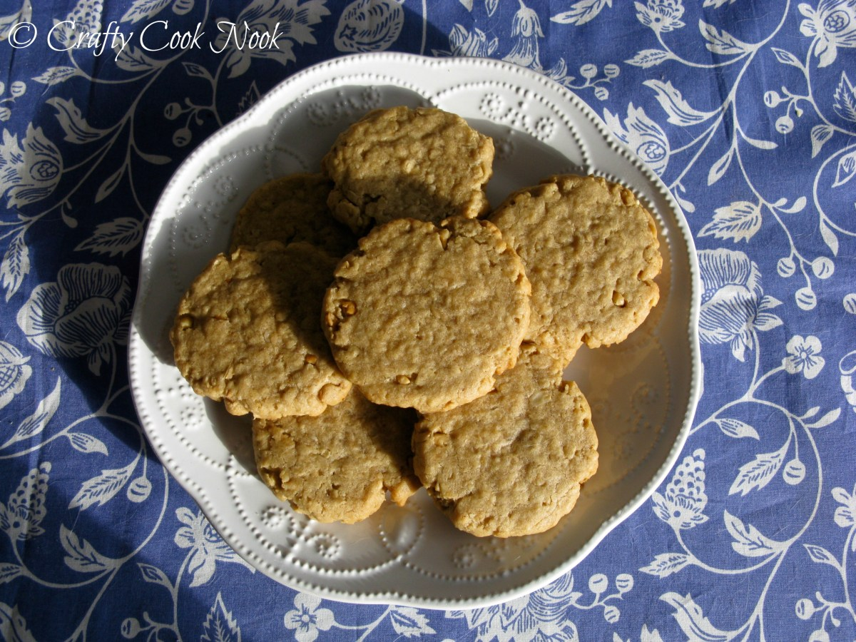 It's Wednesday. Have an Amazingly Delicious, Naturally Vegan, Crunchy Peanut Butter Oat Cookie.