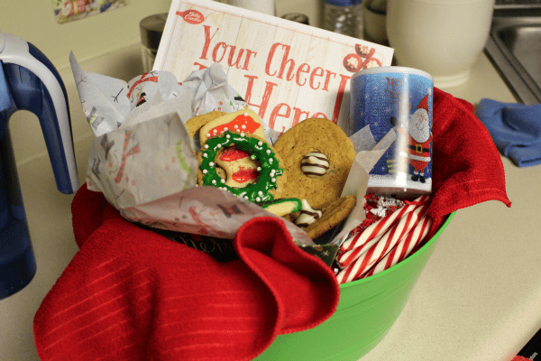 #SpreadCheer - What better to spread cheer and love than warm, yummy cookies?