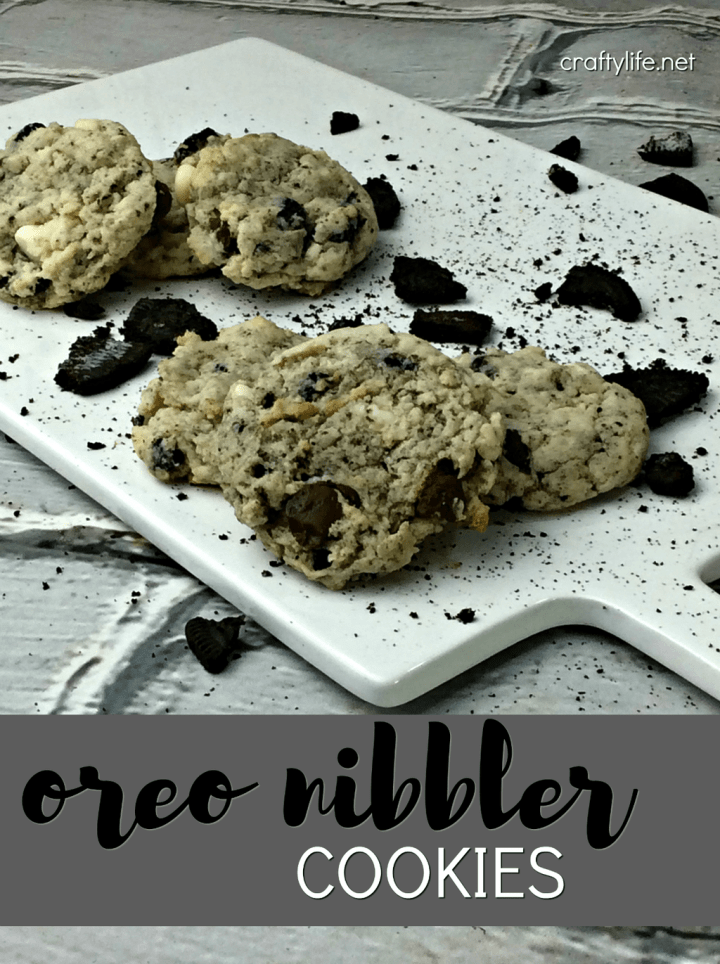 Oreo Nibbler Cookie Recipe - Pair it with a mug of hot chocolate or milk and create perfect midnight snack!