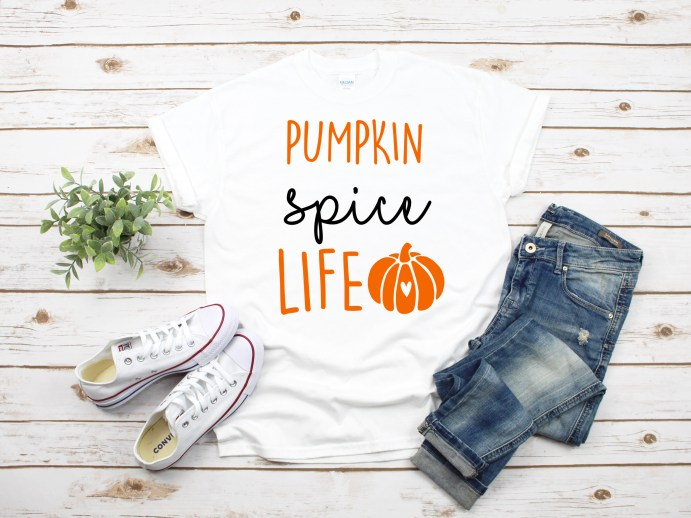 Free Pumpkin SPice Life SVG cut file to use on a shirt design or with your DIY home decor. Follow this tutorial to download the free file and use it with your cricut or silhouette cutting machine. #FREE SVG #PUMPKINSPICE #DOLLARTSTORECRAFTS