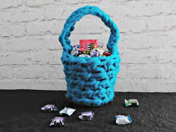 Crochet Easter Basket Tutorial