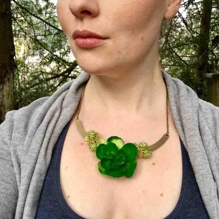 succulent necklace tutorial